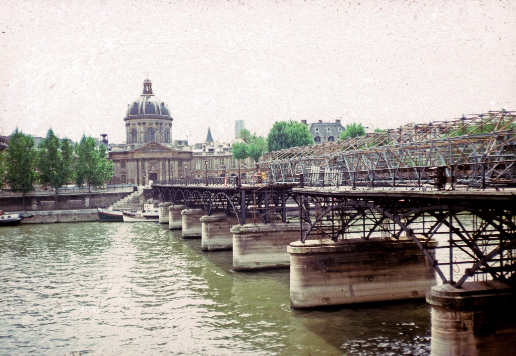 0014 Paris 06 - Pont des Arts