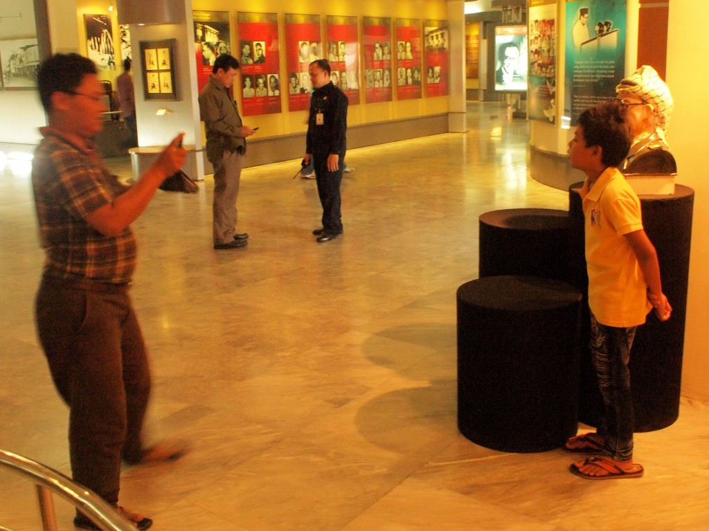 Bandung-Museum-Konferensi-02-Jan-13-178.jpg